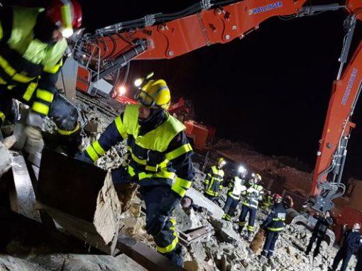 Explosion et feu : les pompiers à l'exercice