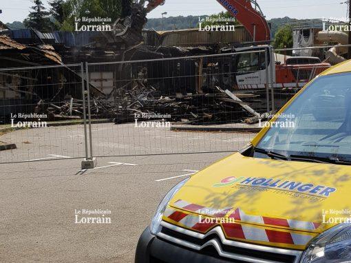 La démolition du Mac Do de Freyming-Merlebach a commencé