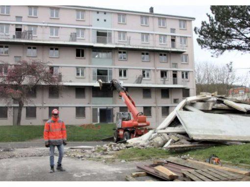 Travaux de désamiantage et déconstruction de bâtiment