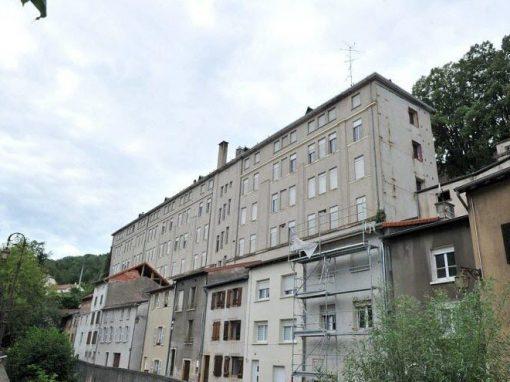 Travaux de démolition site de l'ancien hôpital à Sierck les Bains